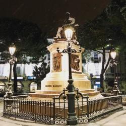 Lecco, statua di Manzoni