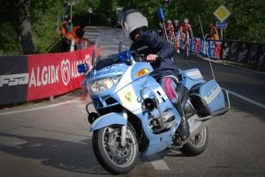 polizia giro d'italia (1)