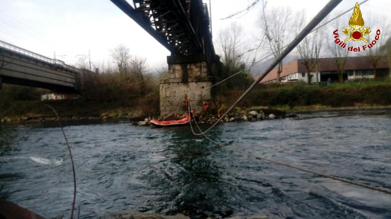 vigili del fuoco pompieri fluviale calolzio (4)