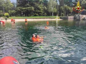 vigili del fuoco pompieri lago acqua addestramento 3